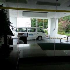 Photo taken at Days Hotel, Mactan, Cebu by Erick J. on 1/16/2013
