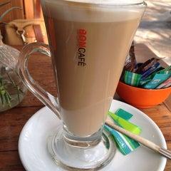 Photo taken at Oh La La Cafe by Nakkhaphon C. on 1/24/2014