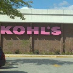 Photo taken at Kohl's by Mystie K. on 9/25/2013