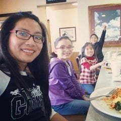Photo taken at Denny's by Dulce B. on 11/30/2014