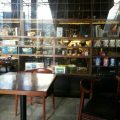 Photo taken at Indigo Delicatessen by Nachiket S. on 12/2/2012