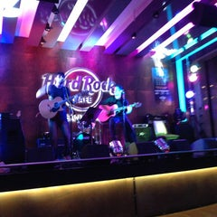 Photo taken at Hard Rock Cafe Santiago by Sonrisa D. on 3/10/2013