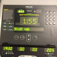 Photo taken at 24 Hour Fitness by Cindicupcaking N. on 10/30/2013