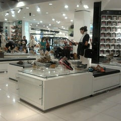 Photo taken at Falabella by Marcia on 10/17/2012