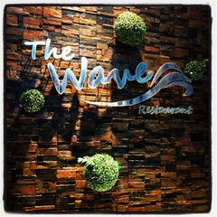 Photo taken at The Wave Restaurant (ราษฎร์บูรณะ) by Sasin S. on 10/6/2012