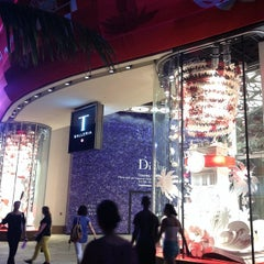 Photo taken at DFS Galleria by kat t. on 10/1/2013