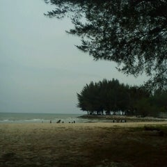 Photo taken at Pantai Cahaya Negeri, PD by ชาร ส. on 4/7/2013