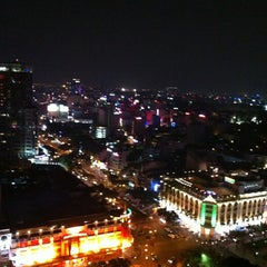 Photo taken at Sheraton Saigon Hotel & Towers by Денис Т. on 1/15/2013