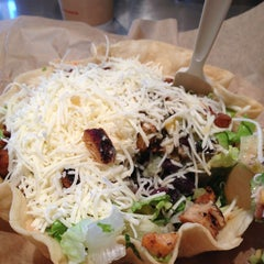 Photo taken at Qdoba Mexican Grill by Aimee B. on 4/5/2013