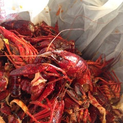 Photo taken at Hot 'n' Juicy Crawfish by Eating WDW on 8/3/2013