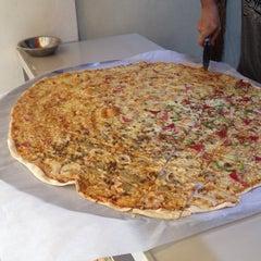 Photo taken at Calda Pizza by Ehrlichristian C. on 10/1/2013