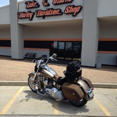 Photo taken at Lake Of The Ozarks Harley Davidson by Wm D. on 6/26/2014