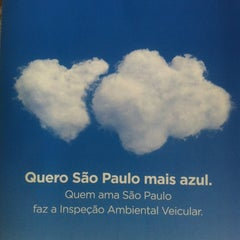 Photo taken at CONTROLAR - Inspeção Veicular by Hugo B. on 10/31/2012