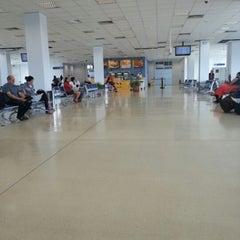 Photo taken at Terminal Anexo by Sergio N. on 1/13/2013