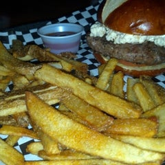 Photo taken at Lumpy's Sports Bar & Grill by Pauli L. on 1/1/2013