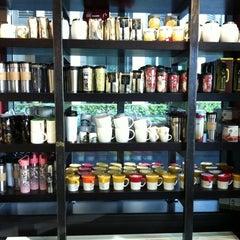Photo taken at Starbucks by Nikita T. on 10/13/2012
