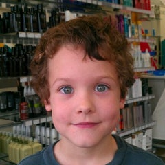 Photo taken at Great Clips by Megan S. on 12/1/2012