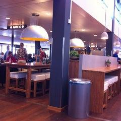Das Foto wurde bei Rotterdam The Hague Airport (RTM) von Ellen K. am 5/19/2013 aufgenommen
