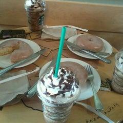 Photo taken at Starbucks Coffee by Elle L. on 10/30/2012