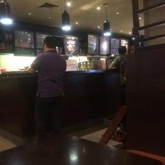 Photo taken at Starbucks by knrizki on 9/5/2015