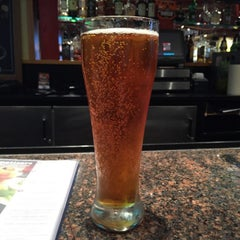 Photo taken at Red Robin Gourmet Burgers by Ethan M. on 9/12/2015