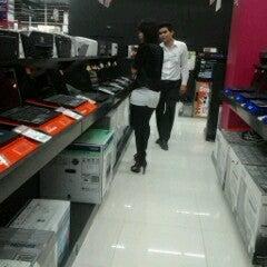 Photo taken at Power Buy (เพาเวอร์บาย) by Bravo >> Kechi on 9/30/2012