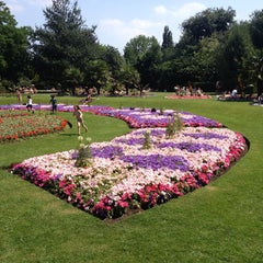 Photo taken at Victoria Park by Sergio A. on 7/7/2013