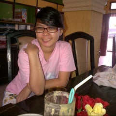 Photo taken at Boli Boli Cafe (Pemandian Air Panas) by Shally Ice Veronica H. on 8/8/2013