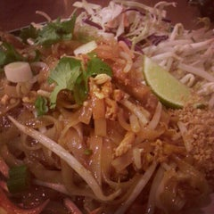 Photo taken at Thai Boom - Thai Food Delivery by Artem A. on 11/18/2012