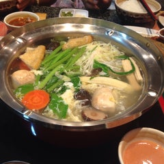 Photo taken at MK (เอ็มเค) by Faijhh G. on 7/22/2015