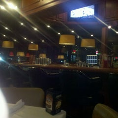 Photo taken at Ruby Tuesday by Raymond (. on 6/8/2013