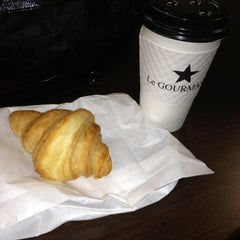 Photo taken at Le Gourmand Café by Miss K. on 11/6/2012
