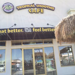Photo taken at Tropical Smoothie Cafe by @LasVegasCanuck on 6/8/2014