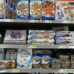 Photo taken at Walmart Supercenter by Se Hyun R. on 10/11/2012