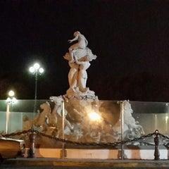 Photo taken at Fuente de las Nereidas by Flavio T. on 9/11/2013