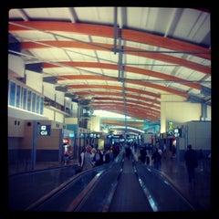 Photo taken at Raleigh-Durham International Airport by Crash Gregg on 11/27/2012