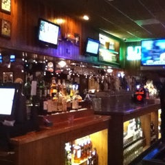 Photo taken at Miller's Doral Ale House by LiNiS P. on 12/22/2012