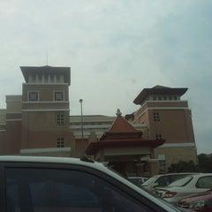 Photo taken at Jabatan Imigresen Malaysia - Melaka by Hasnah A. on 8/15/2013