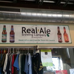 Photo taken at Real Ale Brewing Company by Rebecca K. on 11/9/2012