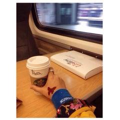 Photo taken at Platform 8 by Londonera A. on 10/25/2013