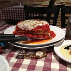 Photo taken at Buca Di Beppo by Morii M. on 11/3/2012