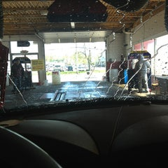 Photo taken at Plaza Car Wash by Jennie A. on 4/21/2013