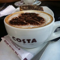 Photo taken at Costa Coffee by Mithilesh N. on 6/16/2014