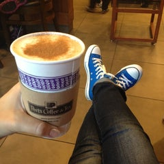 Photo taken at Peet's Coffee & Tea by Olga S. on 10/31/2012