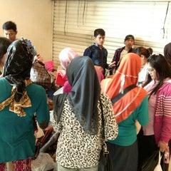 Photo taken at Pusat Grosir Senen Jaya by Devi S. on 10/5/2014
