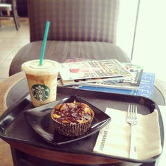 Photo taken at Starbucks by Izzati H. on 3/30/2013