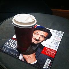 Photo taken at Starbucks by Люба Б. on 1/25/2013