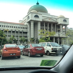 Photo taken at Kompleks Mahkamah Kuala Lumpur (Courts Complex) by Zaim Al-Amin K. on 6/17/2015