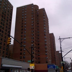 Photo taken at Franklin Plaza Apts by Vicario Brensley P. on 12/9/2012