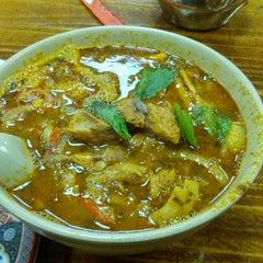Photo taken at Taste Good Malaysian Cuisine 好味 by Purujit on 4/27/2013